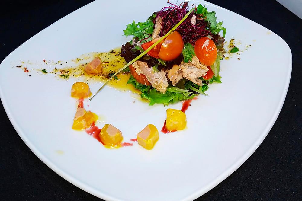 13Ensalada-de-Perdíz-con-daditos-de-foie-y-tomate-concassé-1